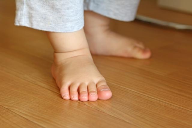 成長の早い子どもの足
